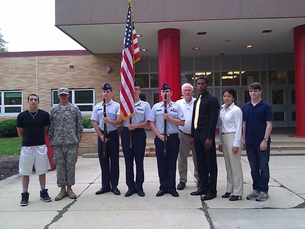 East+remembers+fallen+soldiers+in+Memorial+Day+program
