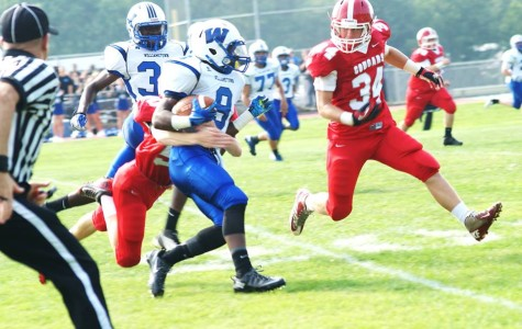 Cougars fall to Williamstown in first game