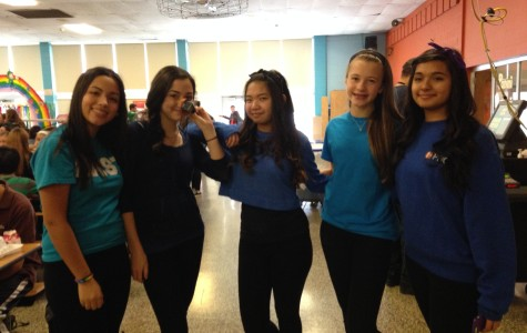 Seniors take the lead for theme dress-up day