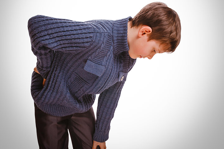 Backpacks and sports cause back pain in teenagers