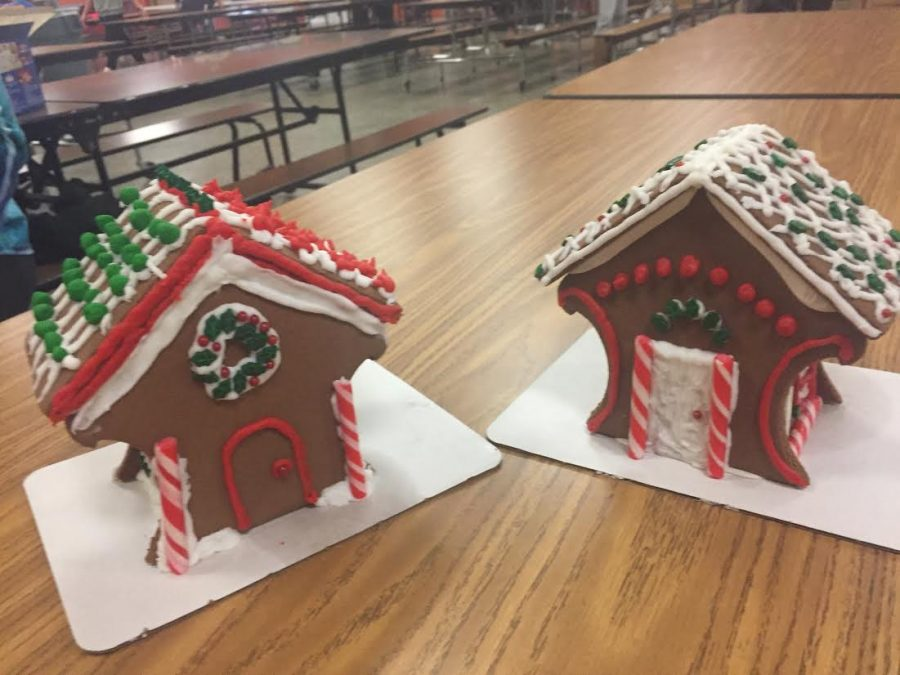 East students who participate in Habitat for Humanity makes Gingerbread houses.