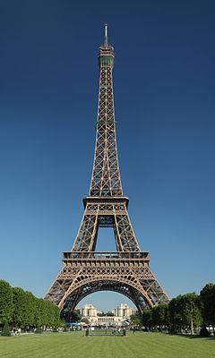 Saillard takes students to Paris.