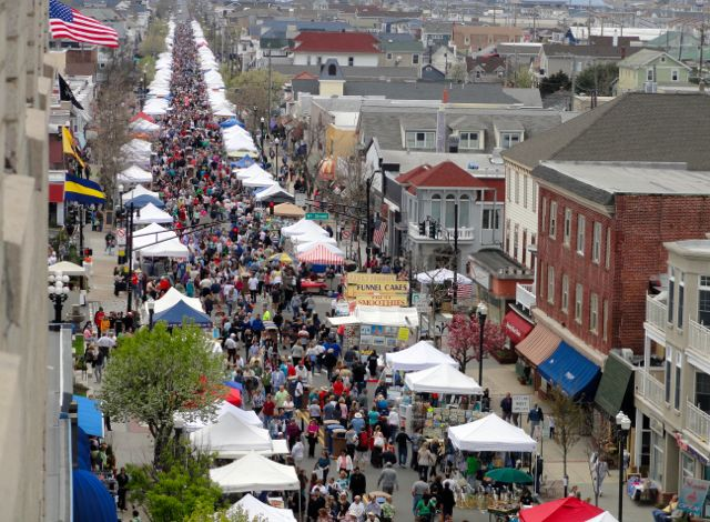 More than 400 vendors will be selling crafts and food.