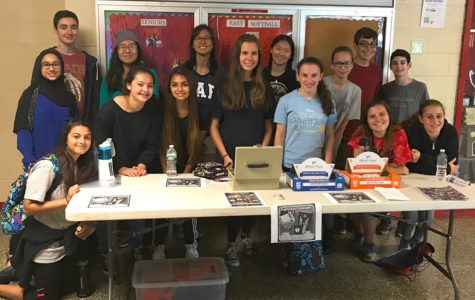 The Interact Club writes handwritten thank-you letters to veterans to celebrate Veteran's Day