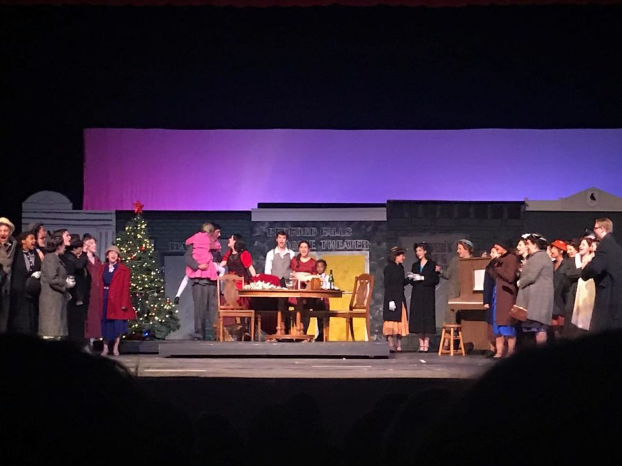 East students participate in the fall show