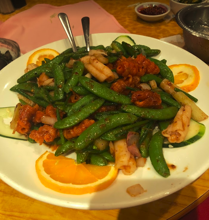 Food Adventure: Trying Authentic Chinese Food at Tai Lake in Chinatown