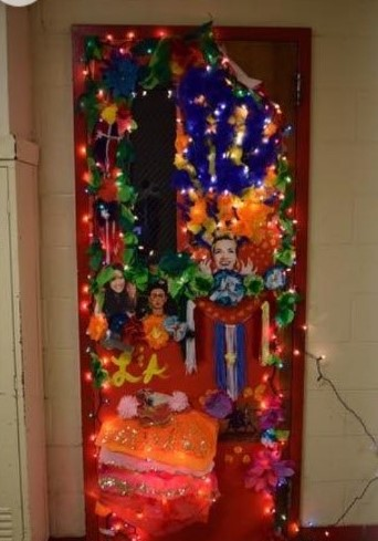 Spirit Week door made by the Latinos and Amigos club.