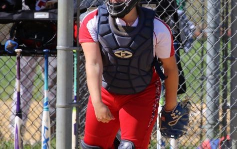 Miranda Sheppard ('19) commits to Rutgers Newark for softball