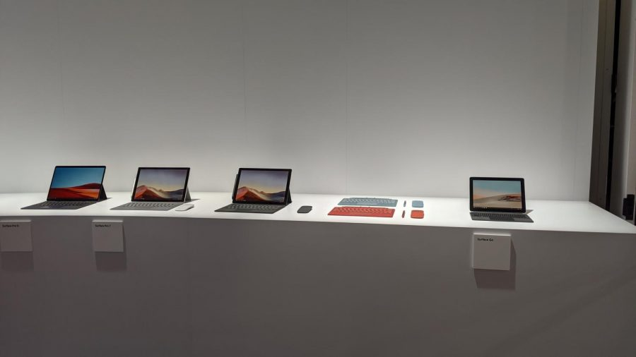 %28Left+to+Right%29+A+view+of+the+Surface+Pro+X%2C+Surface+Pro+7%2C+and+Surface+Go.