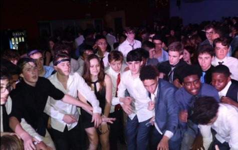 East students have a blast at FROSH