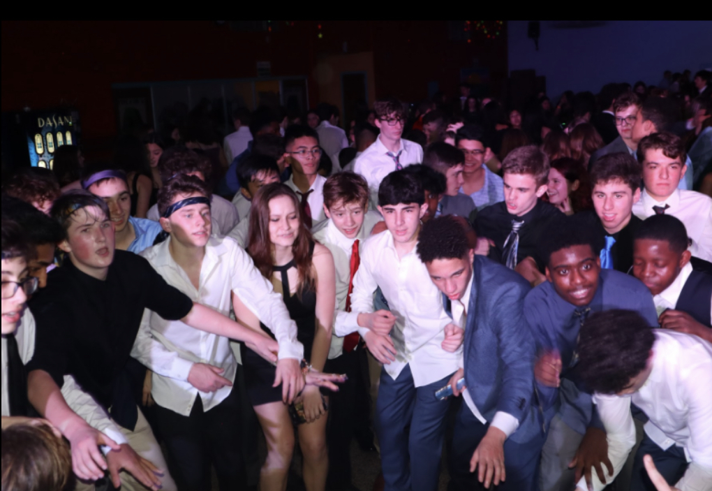 East students have a great time dancing at FROSH.
