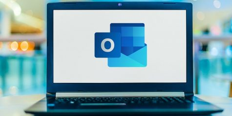 Outlook email notifications should be altered to become more efficient for the students.