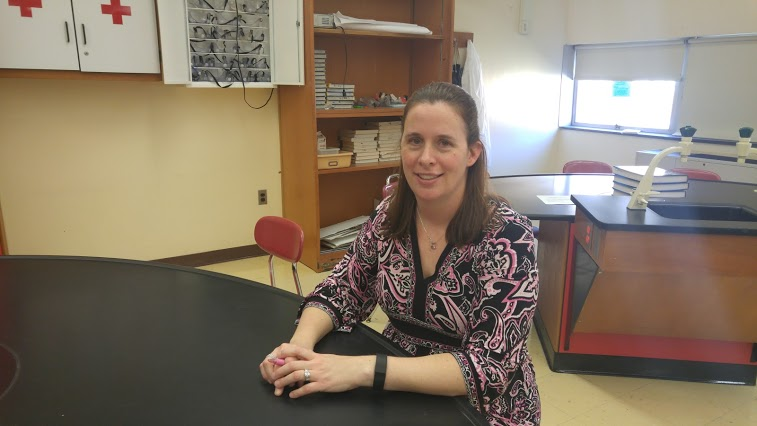Ms.+Lewis+is+a+new+biology%2FCPS+teacher+for+Cherry+Hill+East
