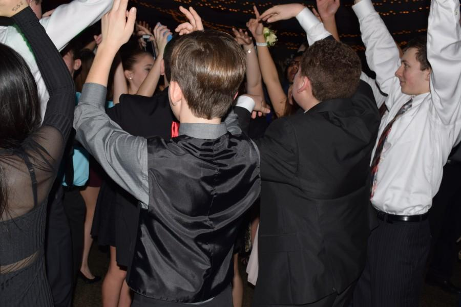 East students dance at the Freshman Dance