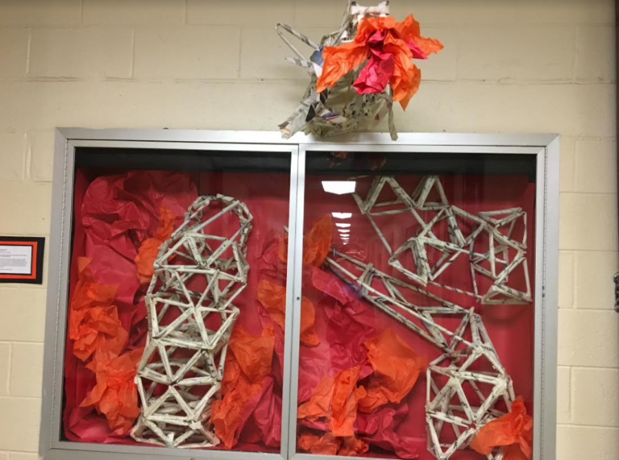 East+students+create+Art+Sculptures+from+Newspapers