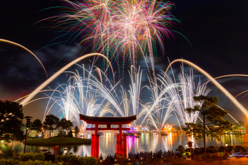 All+the+seniors+gathered+together+to+watch+this+amazing+light+show+at+Epcot.+
