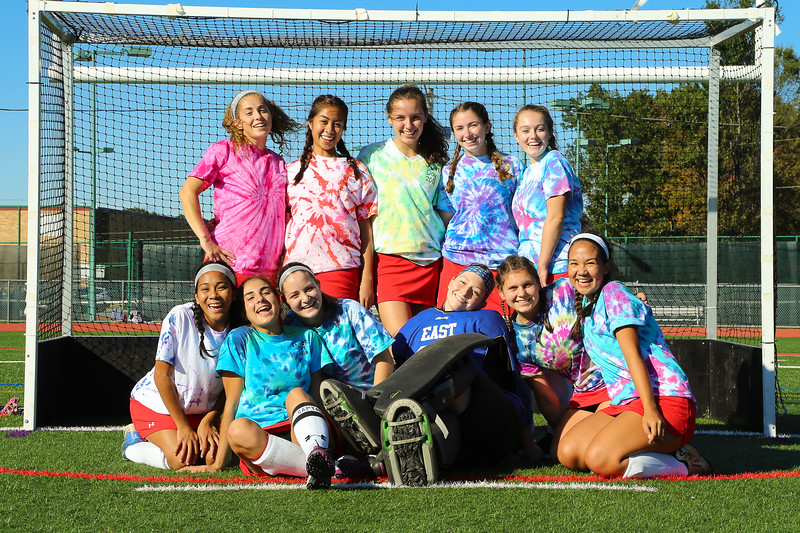 Field+hockey+seniors+proudly+wear+their+Senior+Day+shirts+before+the+game.+