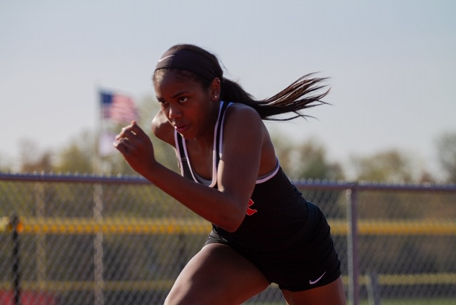 Drayton+seeks+to+carry+her+skills+and+competitive+spirit+over+to+the+Georgetown+track+next+spring.+