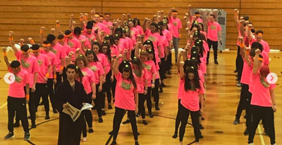 Seniors come out on top at annual Spirit Week Dance Competition