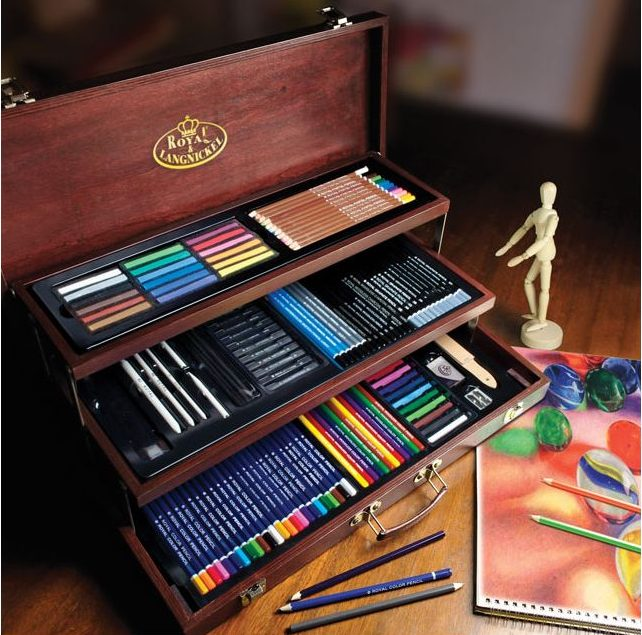 Royal and Langnickels Essential Deluxe Box displays many of the art supplies, including oil pastels, that can be used as gifts during the holidays.