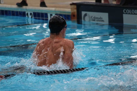 Nick Short swims to the finish line.